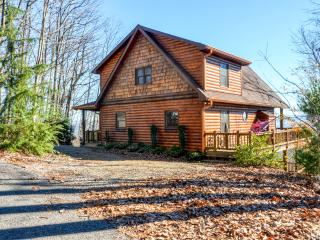 New Listing! Sensational 3BR Morganton Cabin w/Wifi, Outdoor Fireplace & Magnificent Mountain Views! Terrific Location - Close to Astounding Recreation, Shopping, Relaxation & More! - Morganton vacation rentals