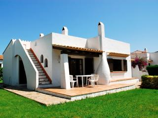 3 bedroom House with Shared Outdoor Pool in Torroella de Montgri - Torroella de Montgri vacation rentals