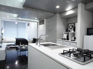 New! Shibuya 4min! Stylish Studio!! - Shibuya vacation rentals
