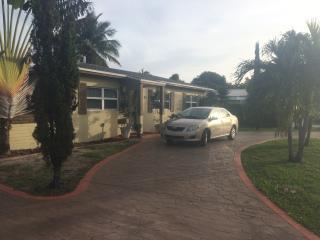Cozy 1 bedroom Apartment in North Miami - North Miami vacation rentals
