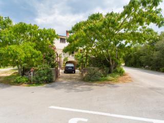 Countryside apartment PINK MIMOSA - Malinska vacation rentals