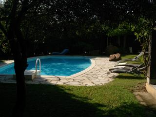 Bright 4 bedroom Ghisonaccia House with Internet Access - Ghisonaccia vacation rentals