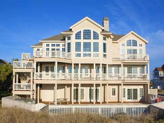 Comfortable 7 bedroom Hatteras House with Internet Access - Hatteras vacation rentals