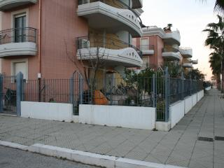 "Casa Vacanze ""Residence Porticciolo Turistico"" - Campomarino vacation rentals"