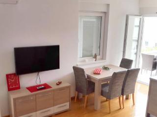 Keseri modern apartment for 4 people - Novalja vacation rentals