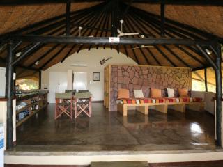Romantic 1 bedroom Chalet in Hwange - Hwange vacation rentals