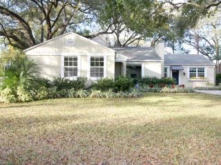 Tranquility in the Heart of Tampa - Tampa vacation rentals