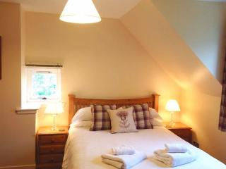 Bright 4 bedroom Plockton Cottage with Internet Access - Plockton vacation rentals