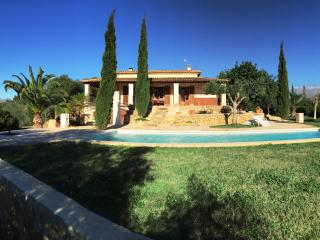 Beautiful 3 bedroom Maria de la Salut Villa with Television - Maria de la Salut vacation rentals