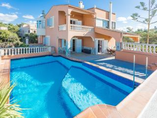 LÍRICA - Property for 10 people in Bellavista - Cala Blava vacation rentals