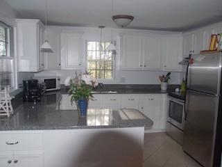 3 bedroom House with Deck in Wellfleet - Wellfleet vacation rentals