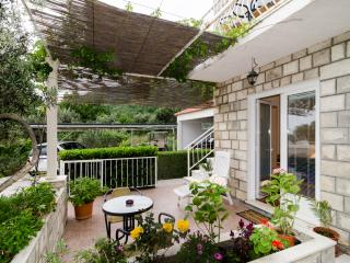 Studio Apartment with Terrace - Brsecine - Brsecine vacation rentals