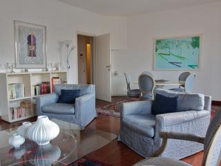 SUPER CONFORTABLE TORTONA DISTRICT - Milan vacation rentals