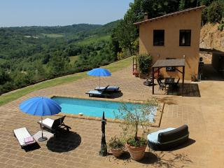 Country House, Pool, Garden, Breathtaking Views - Civita di Bagnoregio vacation rentals