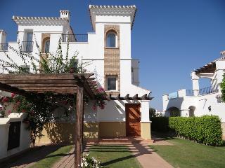 Beautiful 2 bedroom House in Roldan with Internet Access - Roldan vacation rentals