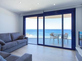 Cozy 3 bedroom Punta Prima Condo with Internet Access - Punta Prima vacation rentals