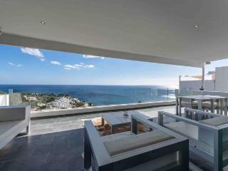Luxury Seafront 4 Bedroom Villa in Roca Lisa! - Roca Llisa vacation rentals