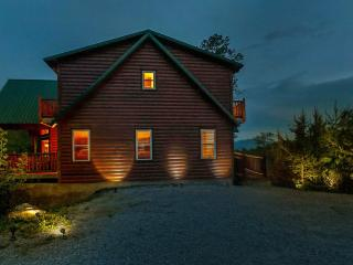 Stunning Luxurious cabin on 15 acres! MTN Views! - Sevierville vacation rentals
