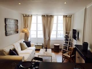 Fabulous apartment in Dinan Historic centre (A011) - Dinan vacation rentals