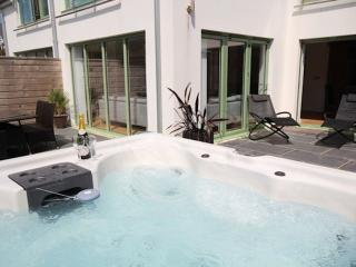 2 POINT VIEW / Close to Beach / Private Hot Tub - Croyde vacation rentals