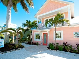 Casa Rosa! Canal Front Home With Pool And Dock - Bradenton Beach vacation rentals