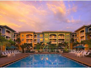 2 BDRM WEEK 5-STAR VILLA * OWNER SPECIAL *  MIZNER - Weston vacation rentals