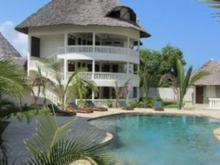 Cozy 2 bedroom Condo in Diani with Long Term Rentals Allowed (over 1 Month) - Diani vacation rentals