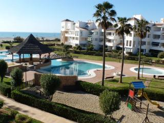 Cozy 2 bedroom Condo in Almerimar - Almerimar vacation rentals