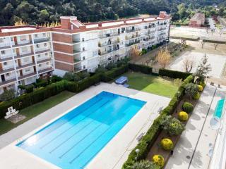 Apartment Lavanda - Santa Susana vacation rentals