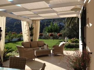 Villa con giardino nel centro di Ravello: unità 2 - Ravello vacation rentals