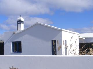 Cosy apartment for 2 people - 80 m to the sea - Mala vacation rentals