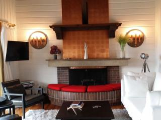 Architect Designed and Decorated Waterfront House - Sooke vacation rentals