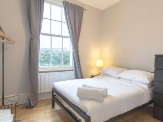Stunning 1 Bed Apartment In Kings Cross | Angel - London vacation rentals