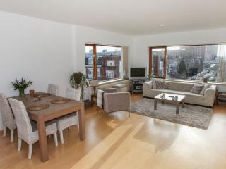 Topfloor apartment close to all amenities - The Hague vacation rentals