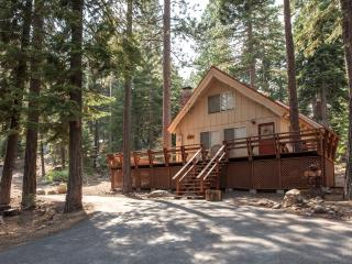 Iravani Dog Friendly Cabin - Walk to Pool - Agate Bay vacation rentals