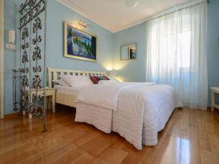 Villa Olivia- Blue studio Old Town - Split vacation rentals