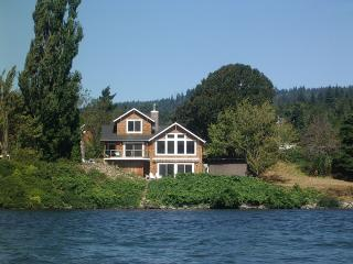 Waterfront Columbia River Gorge Home- Private Cove - Stevenson vacation rentals