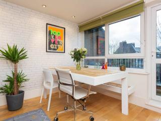 A modernised one-bedroom flat in the London Bridge area. - London vacation rentals
