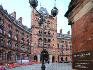One-bed flat in Euston, beside St Pancras International - London vacation rentals