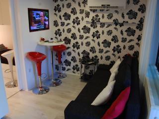 TH01883 Apartments Toya D&D / One bedroom A2 - Slatine vacation rentals