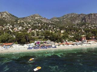 Eze sur mer 1 BD views garden terrace parking ! - Eze vacation rentals