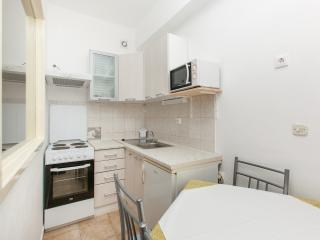 TH03425 Apartments Skalinada / One bedroom A3 - Lokva Rogoznica vacation rentals