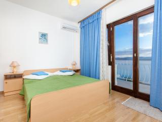 TH03425 Apartments Skalinada / Room S5 - Lokva Rogoznica vacation rentals