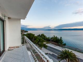 TH03425 Apartments Skalinada / One bedroom A7 - Lokva Rogoznica vacation rentals