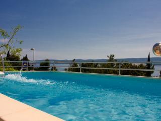 TH03427 Apartments Fortuna / Two bedrooms A5 - Lokva Rogoznica vacation rentals