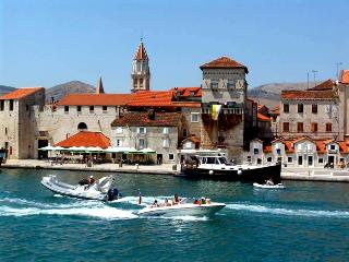 TH01895 Apartment Mastelić / One bedroom A1 - Trogir vacation rentals