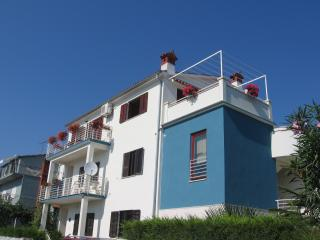 Nice Condo with Internet Access and A/C - Pjescana Uvala vacation rentals