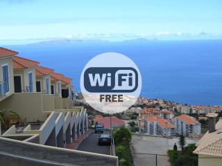 Figueirinhas Family House - Sea View - Funchal vacation rentals