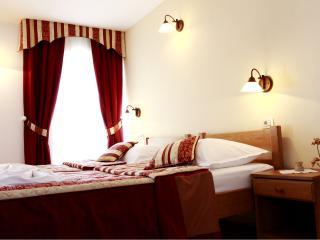 TH01898 Rooms Villa Kula / Double room S1 - Seget Vranjica vacation rentals