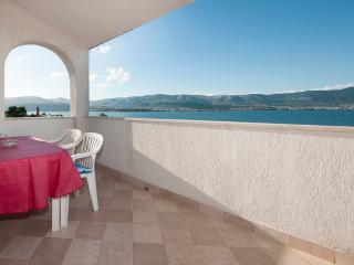 TH01903 Villa Vera / One bedroom A1 - Arbanija vacation rentals